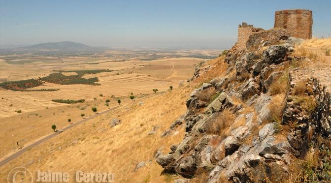 Castillo y Dolmen de Magacela