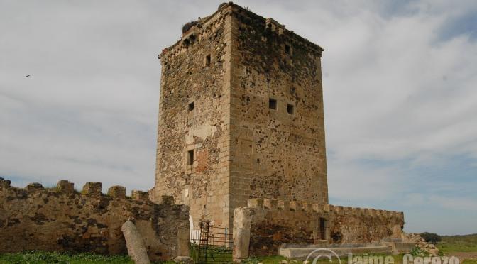 Ruta por el Castillo de los Mogollones, Ermita de San Jorge, dolmen de la Hijadilla y Río Salor.