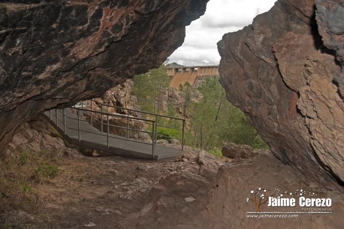 Cueva de la Chiquita o de Álvarez (Cañamero)