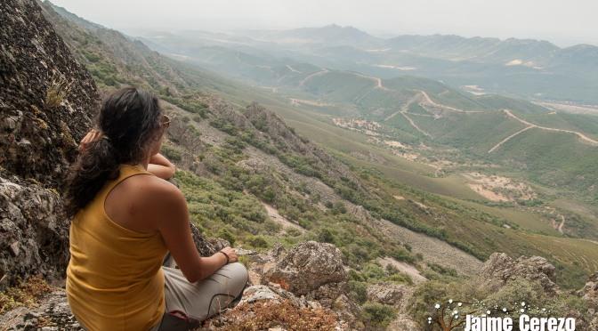 Ruta a la cueva y pinturas rupestres de Los Doblones (Alía)