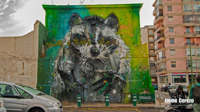 La basura convertida en arte urbana.